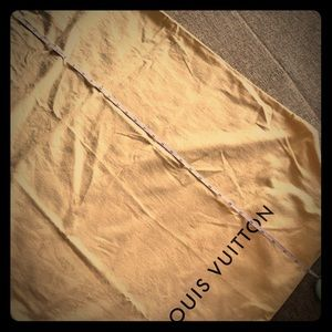 Louis Vuitton dust bag 33x26 w/ gusset NEVER USED